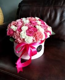"""Įvairių gėlių dėžutė """"Tifany"""""""