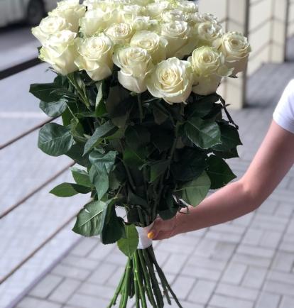 """Puokštė rožių """"Likata"""" 15vnt 35"""