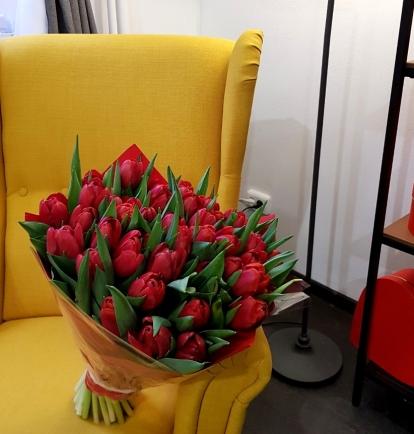 """Puokštė tulpių 51vnt """"Lovely"""""""