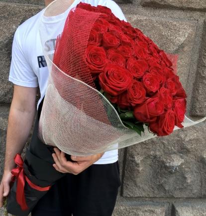 Raudonos rožės (49vnt)  55€/75€/115€