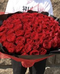 """Raudonos  rožės """"Šimtukas"""" 99€/119€/135€"""