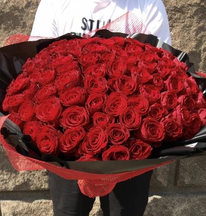 Rožių puokštė - Rosso brillante (101vnt)