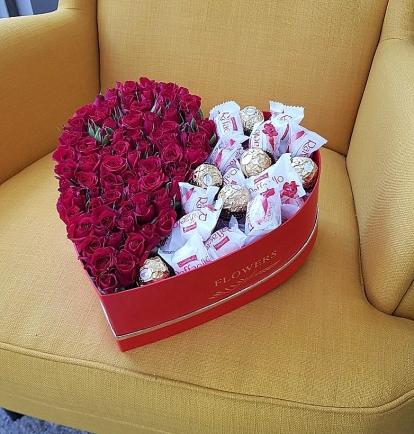 """Rožių dėžutė """"Irmina""""  39€/45€/55€"""