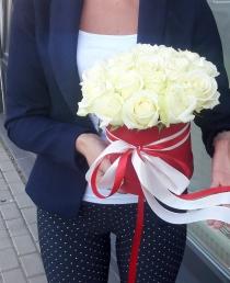 """Rožių dėžutė """"Kaira"""""""