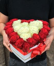 """Rožių dėžutė """"Patricija"""""""