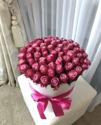 """Rožių dėžutė """"Sofija"""" 55€/75€/85€"""