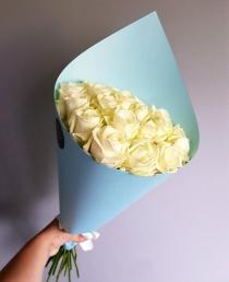 """Rožių puokštė """"Bianca""""  (19vnt)"""